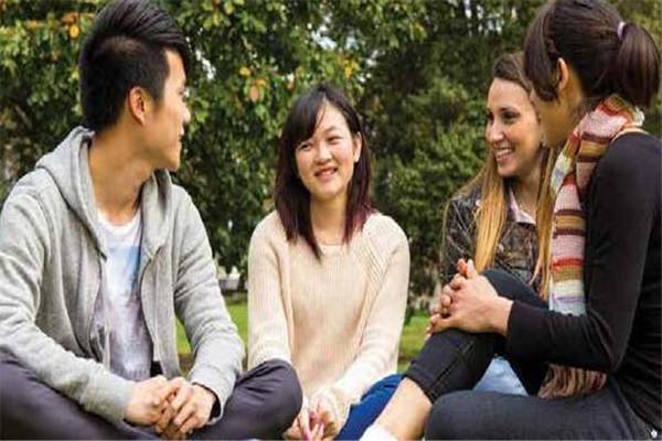 武汉加拿大留学中介